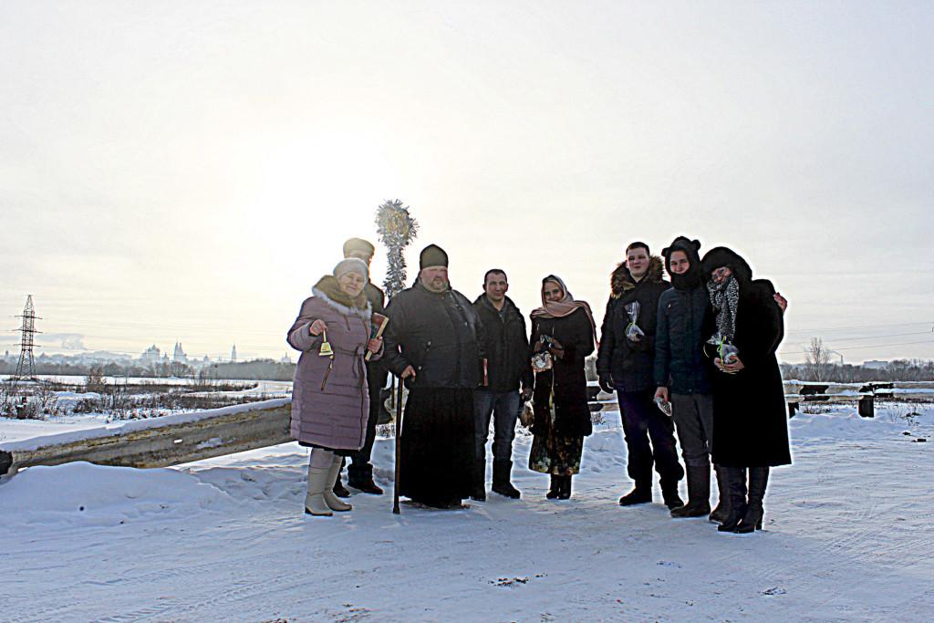 Колядочные шествия молодежи прихода Знаменского храма села Непецино